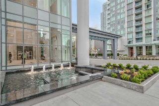 """Photo 3: 1705 4900 LENNOX Lane in Burnaby: Metrotown Condo for sale in """"THE PARK"""" (Burnaby South)  : MLS®# R2223215"""