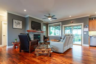 Photo 4: 1693 Glen Eagle Dr in : CR Campbell River Central House for sale (Campbell River)  : MLS®# 853709