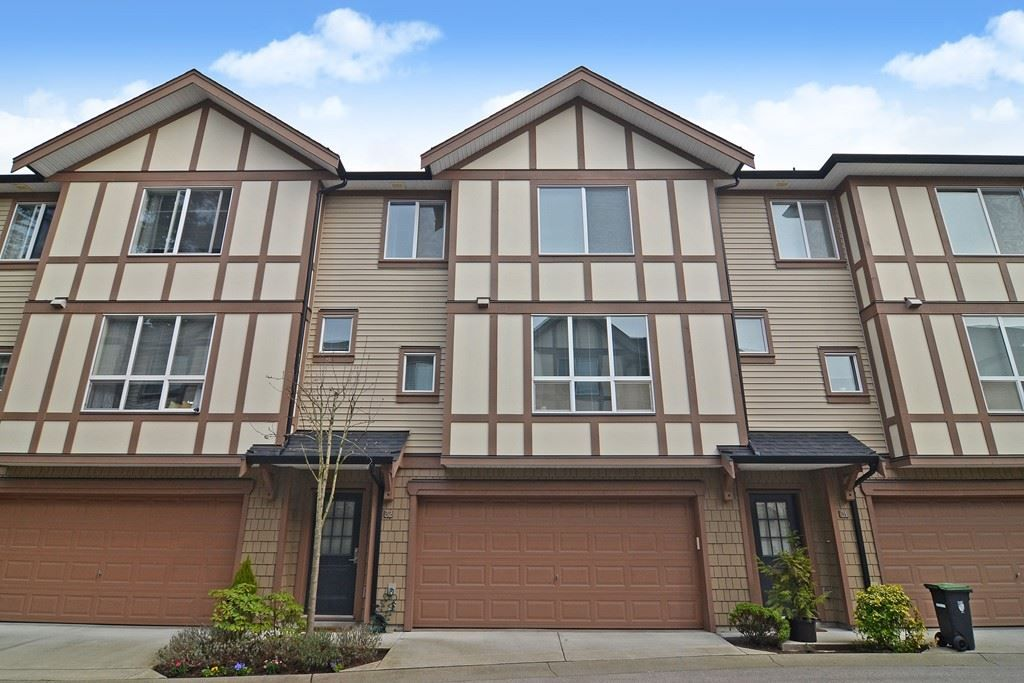 """Main Photo: 32 7848 209 Street in Langley: Willoughby Heights Townhouse for sale in """"Mason & Green"""" : MLS®# R2562486"""