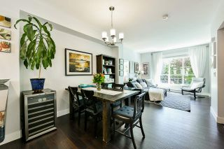 """Photo 7: 8 15405 31 Avenue in Surrey: Grandview Surrey Townhouse for sale in """"Nuvo 2"""" (South Surrey White Rock)  : MLS®# R2476229"""
