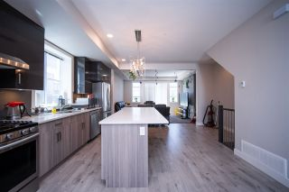 """Photo 4: 91 8413 MIDTOWN Way in Chilliwack: Chilliwack W Young-Well Townhouse for sale in """"MIDTOWN"""" : MLS®# R2540807"""