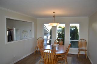 Photo 5: 455 CARIBOO Crescent in Coquitlam: Coquitlam East House for sale : MLS®# R2566684
