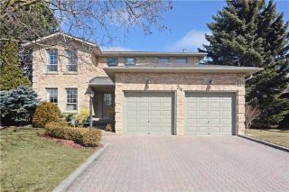 Photo 1: 34 Standish Crest in Markham: Sherwood-Amberglen House (2-Storey) for sale : MLS®# N3466628