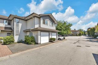 """Photo 2: 319 16233 82 Avenue in Surrey: Fleetwood Tynehead Townhouse for sale in """"The Orchards"""" : MLS®# R2606826"""