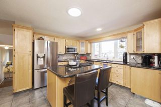 Photo 5: 28 Parkwood Rise SE in Calgary: Parkland Detached for sale : MLS®# A1091754