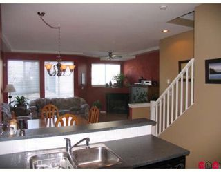 """Photo 3: 52 7250 144TH Street in Surrey: East Newton Townhouse for sale in """"CHIMNEY RIDGE"""" : MLS®# F2803235"""