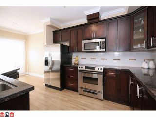 """Photo 7: 41 19330 69TH Avenue in Surrey: Clayton Townhouse for sale in """"Montebello"""" (Cloverdale)  : MLS®# F1123508"""