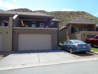 Photo 2: 151-2920 Valleyview Drive in Kamloops: Valleyview House for sale