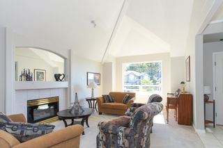 Photo 2: 23809 TAMARACK Place in Maple Ridge: Albion House for sale : MLS®# R2108762