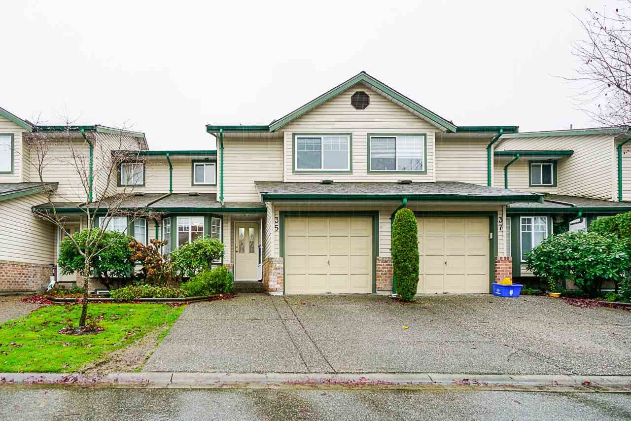 "Main Photo: 35 8863 216 Street in Langley: Walnut Grove Townhouse for sale in ""Emerald Estates"" : MLS®# R2525536"