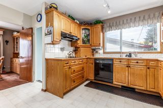 Photo 9: 144 Franklin Drive SE in Calgary: Fairview Detached for sale : MLS®# A1150198