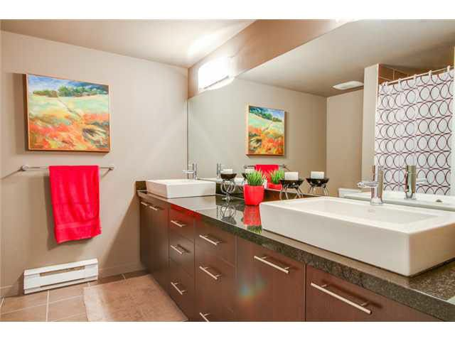 """Photo 12: Photos: 110 1288 CHESTERFIELD Avenue in North Vancouver: Central Lonsdale Condo for sale in """"ALINA"""" : MLS®# V1065611"""