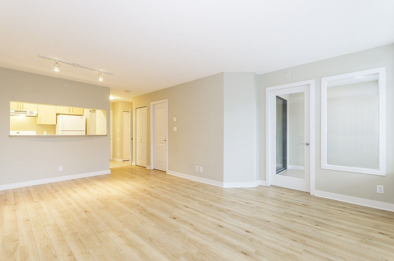 """Main Photo: 506 3660 VANNESS Avenue in Vancouver: Collingwood VE Condo for sale in """"CIRCA"""" (Vancouver East)  : MLS®# R2247116"""