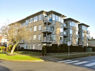 """Photo 1: 106 5692 KINGS Road in Vancouver: University VW Condo for sale in """"GALLERIA"""" (Vancouver West)  : MLS®# V922434"""