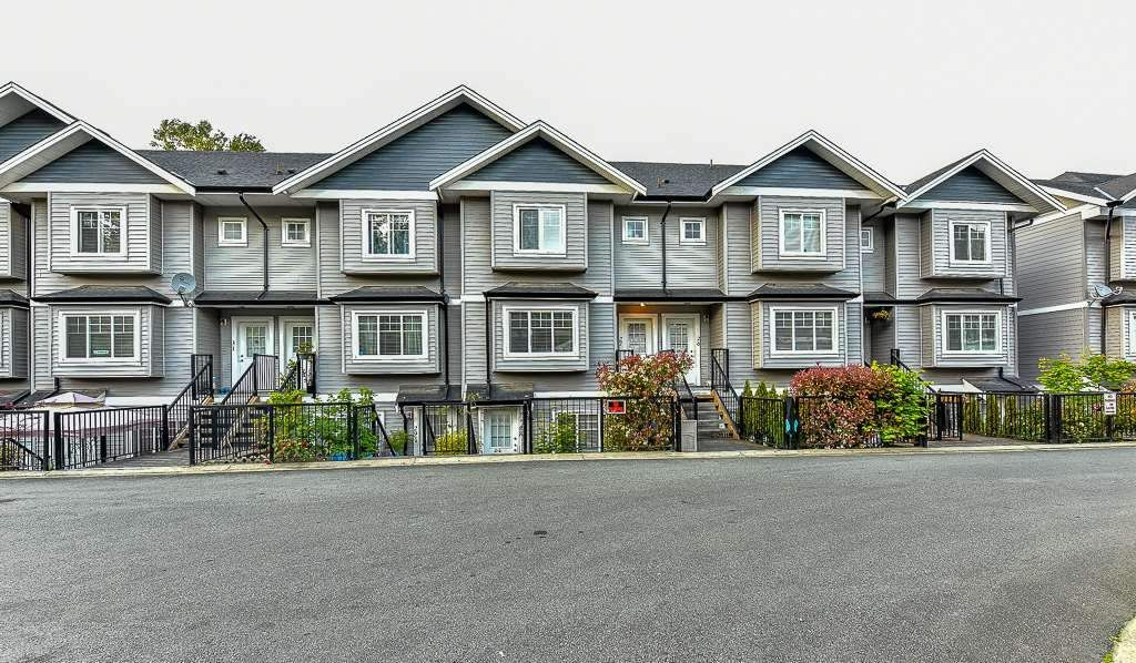"""Main Photo: 23 11255 132 Street in Surrey: Bridgeview Townhouse for sale in """"Fraserview Terrace"""" (North Surrey)  : MLS®# R2082820"""