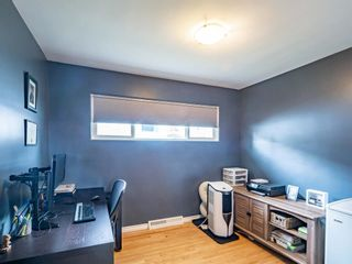 Photo 18: 49 Warwick Drive SW in Calgary: Westgate Detached for sale : MLS®# A1131664