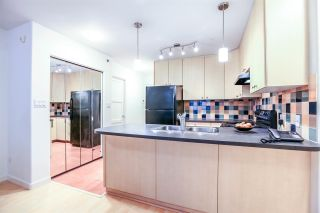 Photo 2: 808 819 HAMILTON STREET in Vancouver: Downtown VW Condo for sale (Vancouver West)  : MLS®# R2118682