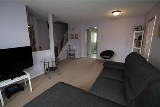Photo 8: 147 Midbend Place SE in Calgary: Midnapore Row/Townhouse for sale : MLS®# A1041625