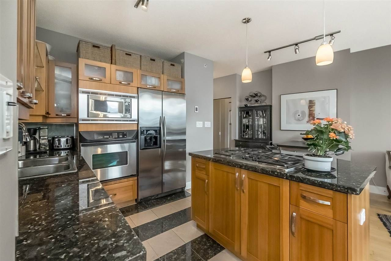 """Main Photo: 401 1228 W HASTINGS Street in Vancouver: Coal Harbour Condo for sale in """"PALLADIO"""" (Vancouver West)  : MLS®# R2258728"""