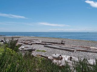 Photo 30: 1590 OCEAN BEACH Esplanade in Gibsons: Gibsons & Area House for sale (Sunshine Coast)  : MLS®# R2598013