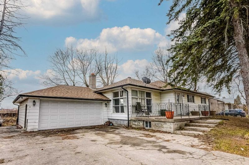 FEATURED LISTING: 717 Nashville Road Vaughan