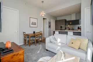 """Photo 5: 2 ATHLETES Way in Vancouver: False Creek Townhouse for sale in """"KAYAK-THE VILLAGE ON THE CREEK"""" (Vancouver West)  : MLS®# R2564490"""