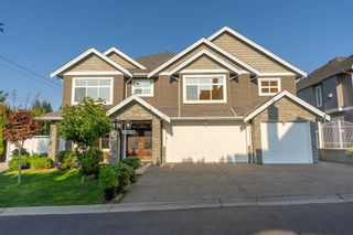 Photo 1: 1 34712 MARSHALL Road: House for sale in Abbotsford: MLS®# R2605473