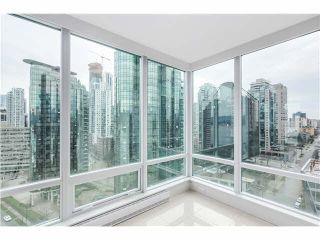 "Photo 9: 1803 499 BROUGHTON Street in Vancouver: Coal Harbour Condo for sale in ""DENIA"" (Vancouver West)  : MLS®# V1104068"