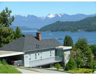 Photo 4: 458 ABBS Road in Gibsons: Gibsons & Area House for sale (Sunshine Coast)  : MLS®# V769677