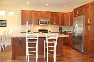 "Photo 3: 9475 WASKA Street in Langley: Fort Langley House for sale in ""Bedford Landing"" : MLS®# R2085903"