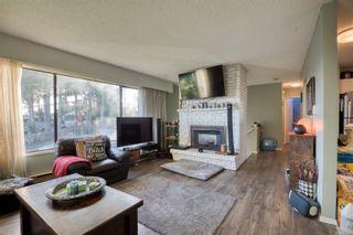 Photo 2: 404 Davis Rd in : Du Ladysmith House for sale (Duncan)  : MLS®# 863225