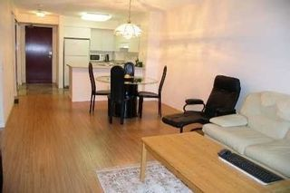 Photo 4: 1811 750 Bay Street in Toronto: Bay Street Corridor Condo for lease (Toronto C01)  : MLS®# C5301954