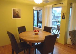 """Photo 5: 213 1080 BROUGHTON Street in Vancouver: West End VW Condo for sale in """"BROUGHTON TERRACE"""" (Vancouver West)  : MLS®# R2048988"""