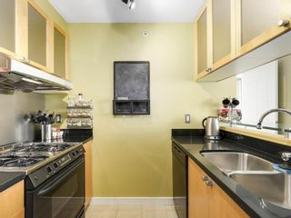 Photo 7: 701 1003 Burnaby in Vancouver: West End VW Condo for sale (Vancouver West)  : MLS®# R2153009