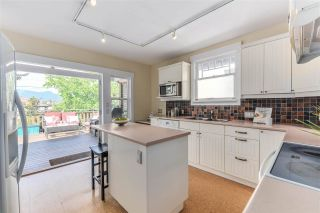 Photo 10: 1243 E 18TH AVENUE in Vancouver: Knight House for sale (Vancouver East)  : MLS®# R2075372