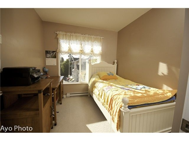 Photo 7: Photos: # 156 20033 70TH AV in Langley: Willoughby Heights Condo for sale : MLS®# F1423308