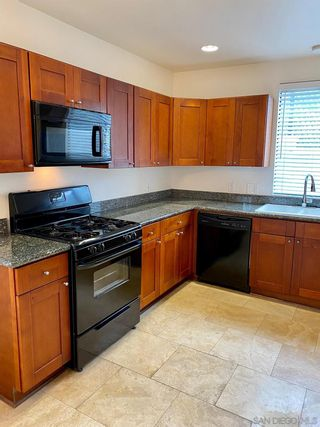 Photo 5: POINT LOMA Condo for rent : 1 bedrooms : 3244 Nimitz Blvd. #7 in San Diego