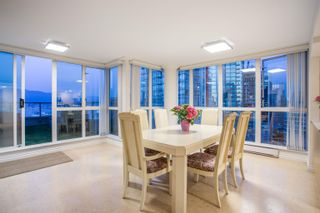 """Photo 5: 3302 1238 MELVILLE Street in Vancouver: Coal Harbour Condo for sale in """"POINTE CLAIRE"""" (Vancouver West)  : MLS®# R2615681"""