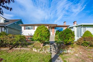 Photo 1: 7264 ELMHURST Drive in Vancouver: Fraserview VE House for sale (Vancouver East)  : MLS®# R2620406