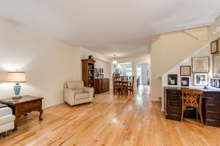 """Photo 4: 47 2351 PARKWAY Boulevard in Coquitlam: Westwood Plateau Townhouse for sale in """"WINDANCE"""" : MLS®# R2398247"""