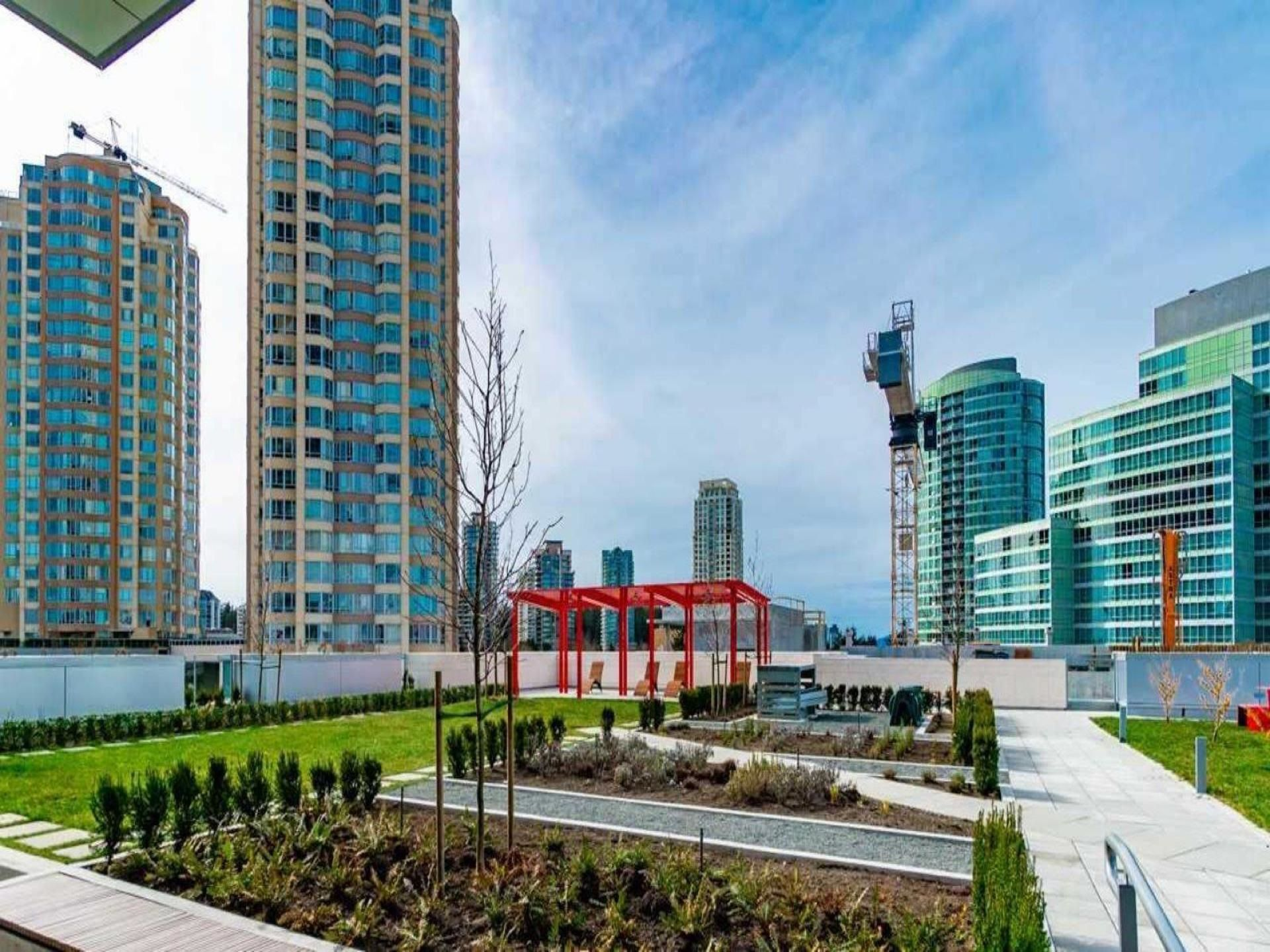 Main Photo: 1003 4670 ASSEMBLY Way in Burnaby: Metrotown Condo for sale (Burnaby South)  : MLS®# R2616663