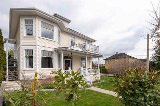 """Photo 2: 227 THIRD Street in New Westminster: Queens Park House for sale in """"Queen's Park"""" : MLS®# R2558492"""