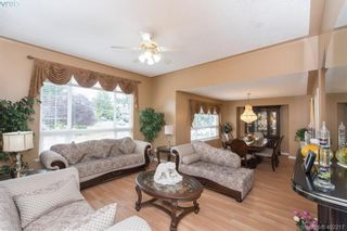 Photo 11: 871 Beckwith Ave in VICTORIA: SE Lake Hill House for sale (Saanich East)  : MLS®# 802692