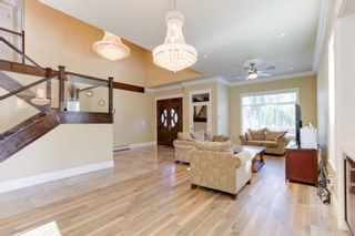 Photo 2: 2124 PATRICIA Avenue in Port Coquitlam: Glenwood PQ House for sale : MLS®# R2583270