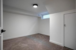 Photo 38: 2960 LATHOM Crescent SW in Calgary: Lakeview Detached for sale : MLS®# C4304822
