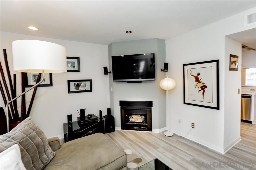 Main Photo: SAN DIEGO Townhouse for sale : 3 bedrooms : 4111 Poplar Street #Apt 11