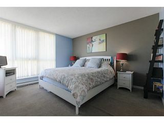 """Photo 9: 2206 120 MILROSS Avenue in Vancouver: Mount Pleasant VE Condo for sale in """"THE BRIGHTON"""" (Vancouver East)  : MLS®# V1108623"""