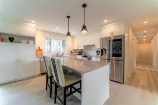 """Photo 10: 27577 84 Avenue in Langley: County Line Glen Valley House for sale in """"Glen Valley"""" : MLS®# R2575837"""