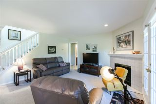 """Photo 9: 108 6109 W BOUNDARY Drive in Surrey: Panorama Ridge Townhouse for sale in """"Lakewood Gardens"""" : MLS®# R2197585"""