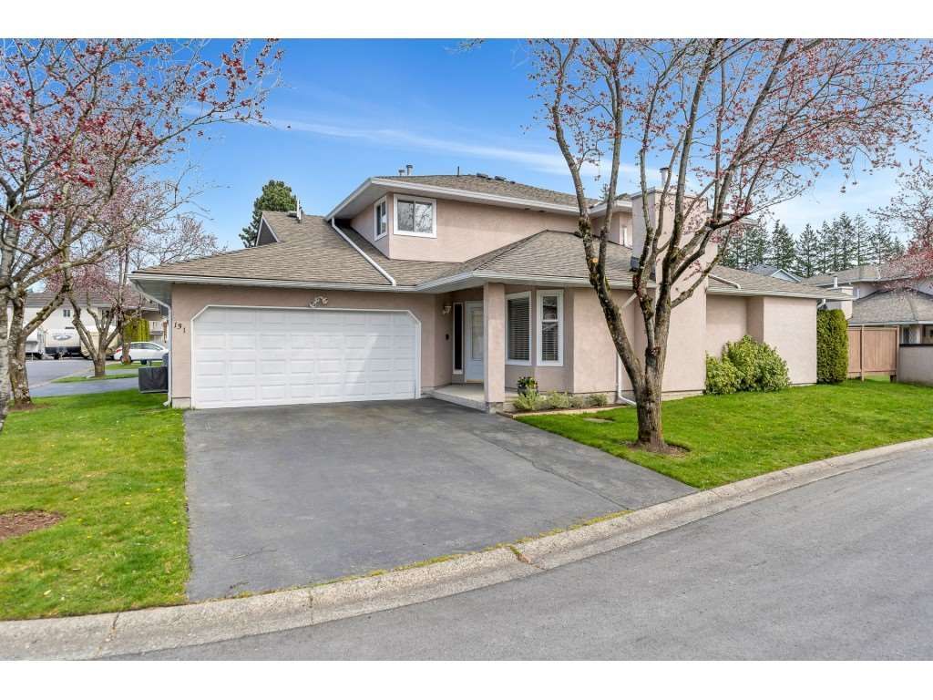 """Main Photo: 131 15501 89A Avenue in Surrey: Fleetwood Tynehead Townhouse for sale in """"AVONDALE"""" : MLS®# R2558099"""